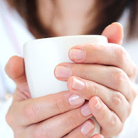 rb-hands-mug-tea-0809-lgn