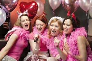 Women-in-a-hen-night-generic-2086437